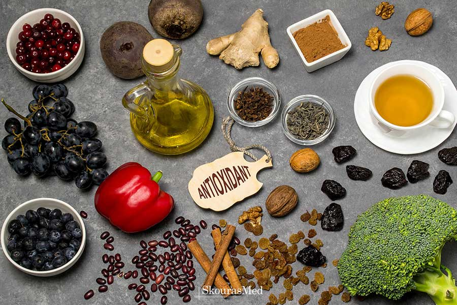 SkourasMed-The-significant-role-of-antioxidants.jpg